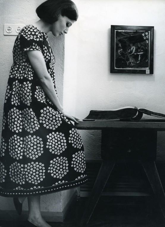 ドレス≪カトリッリ≫ ファブリック≪プケッティ≫(ブーケ)、服飾・図案デザイン:アンニカ・リマラ、1964年 Design Museum Archive